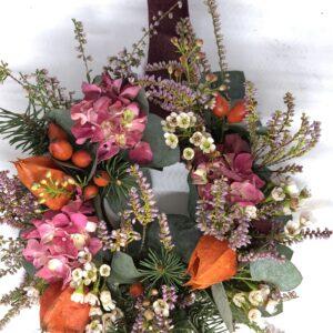 lavori fuori orticola negozio Rene CaGhirlanda autunnale Domitilla Baldeschi flower designer laboratorio creativo milano